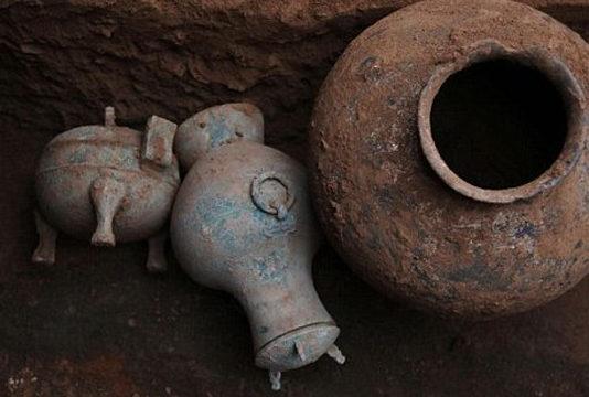 oldest wine bronze pot