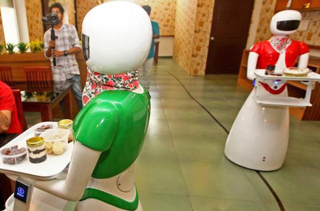 Robots at Be@Kiwizo